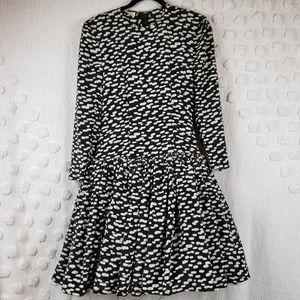Black & White Vintage Long Sleeve Dress